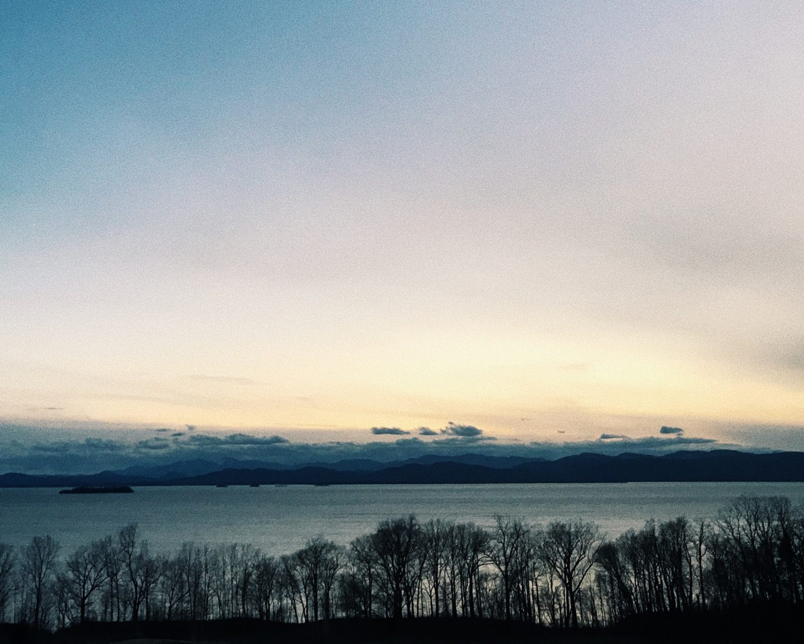 An image of Lake Champlain for the Covid-19 Syndromic Surveillance article about ER capacity in NYC